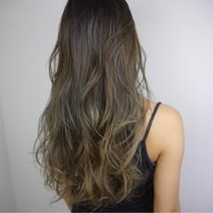 ハイライト ロング エレガント 外国人風カラー ヘアスタイルや髪型の写真・画像
