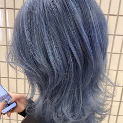 ブリーチカラー ブリーチ ブルーアッシュ ブルージュ ヘアスタイルや髪型の写真・画像