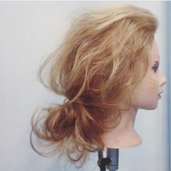 ルーズ ショート 簡単ヘアアレンジ 大人女子 ヘアスタイルや髪型の写真・画像