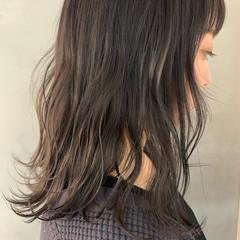 ラベンダーカラー ラベンダーグレージュ ラベンダーグレー ラベンダーアッシュ ヘアスタイルや髪型の写真・画像
