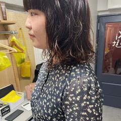 レイヤースタイル ミディアムヘアー フェミニン ミディアム ヘアスタイルや髪型の写真・画像