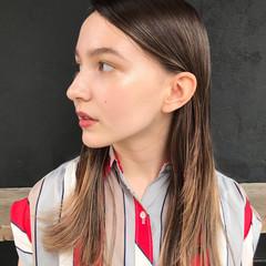 透明感 抜け感 インナーカラー ハイライト ヘアスタイルや髪型の写真・画像