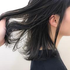 ミディアム 透明感 ナチュラル 秋 ヘアスタイルや髪型の写真・画像