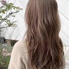 グレージュ 外国人風 グラデーションカラー ロング ヘアスタイルや髪型の写真・画像