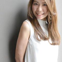 大人女子 セミロング ローライト ハイライト ヘアスタイルや髪型の写真・画像