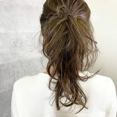ナチュラル アンニュイほつれヘア ゆるふわ 簡単ヘアアレンジ ヘアスタイルや髪型の写真・画像