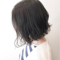透明感 簡単 ナチュラル 前下がり ヘアスタイルや髪型の写真・画像