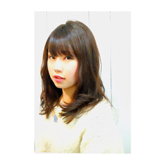艶髪 前髪あり ミディアム ナチュラル ヘアスタイルや髪型の写真・画像
