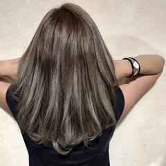 外国人風カラー ストリート ダブルカラー セミロング ヘアスタイルや髪型の写真・画像