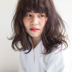 ガーリー 寝癖 かわいい ミディアム ヘアスタイルや髪型の写真・画像