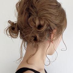 フェミニン おだんご セルフヘアアレンジ アップ ヘアスタイルや髪型の写真・画像