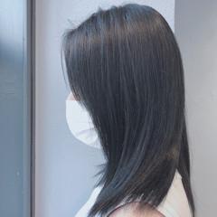 ミディアム 切りっぱなしボブ ブルーブラック 切りっぱなし ヘアスタイルや髪型の写真・画像