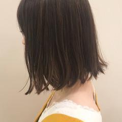 前下がりボブ 外ハネボブ ボブ ナチュラル ヘアスタイルや髪型の写真・画像