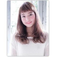 パーマ ロング レイヤーカット 前髪あり ヘアスタイルや髪型の写真・画像