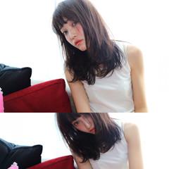 ピュア ストレート 黒髪 フェミニン ヘアスタイルや髪型の写真・画像