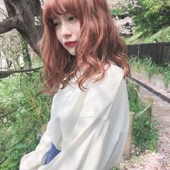 アプリコットオレンジ ロング ナチュラル オレンジベージュ ヘアスタイルや髪型の写真・画像