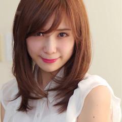 色気 ミディアム 女子会 斜め前髪 ヘアスタイルや髪型の写真・画像