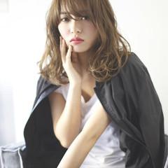大人女子 ハイトーン かっこいい モード ヘアスタイルや髪型の写真・画像