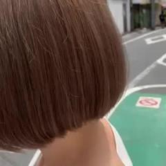 ベージュ ナチュラルベージュ ショートヘア ハイトーン ヘアスタイルや髪型の写真・画像