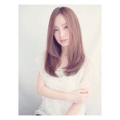 セミロング フェミニン 艶髪 春 ヘアスタイルや髪型の写真・画像