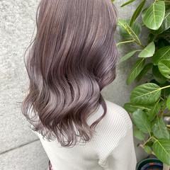 ラベンダーグレージュ ラベンダーグレー ロング ナチュラル ヘアスタイルや髪型の写真・画像
