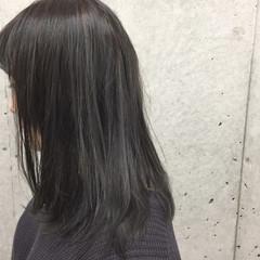 ミディアム ハイライト ストリート ブルージュ ヘアスタイルや髪型の写真・画像