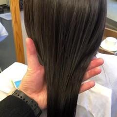 ナチュラル ミディアム 髪質改善トリートメント カシスカラー ヘアスタイルや髪型の写真・画像