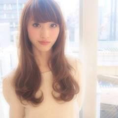 フェミニン ゆるふわ 大人かわいい 愛され ヘアスタイルや髪型の写真・画像