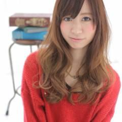 大人かわいい ロング グラデーションカラー フェミニン ヘアスタイルや髪型の写真・画像