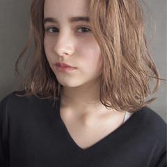 大人女子 パーマ こなれ感 ニュアンス ヘアスタイルや髪型の写真・画像