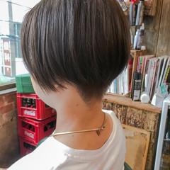 ナチュラル グレージュ ショートボブ ハンサムショート ヘアスタイルや髪型の写真・画像