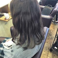 波ウェーブ グレージュ 色気 ナチュラル ヘアスタイルや髪型の写真・画像