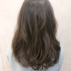 ゆるふわ ナチュラル デート 外国人風カラー ヘアスタイルや髪型の写真・画像