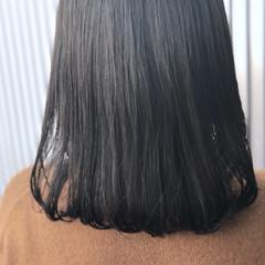 透明感 ナチュラル ミディアム ストレート ヘアスタイルや髪型の写真・画像