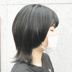レイヤーカット ウルフ女子 ミディアム ウルフレイヤー ヘアスタイルや髪型の写真・画像