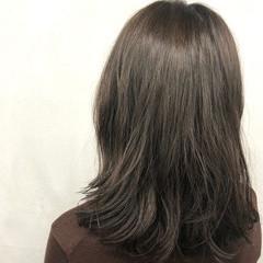 アッシュ オフィス ラフ ボブ ヘアスタイルや髪型の写真・画像