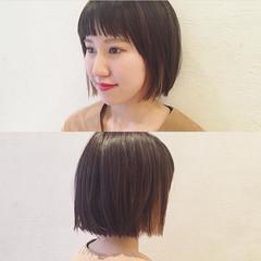 ダブルカラー 暗髪 切りっぱなし 黒髪 ヘアスタイルや髪型の写真・画像