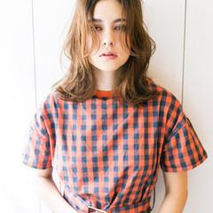 ナチュラル セミロング ヘアアレンジ 爽やか ヘアスタイルや髪型の写真・画像