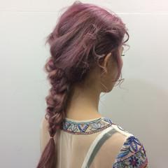ロング ガーリー ハイトーン ピンク ヘアスタイルや髪型の写真・画像
