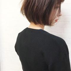 大人女子 色気 グレージュ ショート ヘアスタイルや髪型の写真・画像