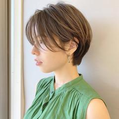 ショート パーマ アウトドア モード ヘアスタイルや髪型の写真・画像