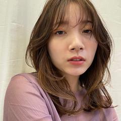 外国人風カラー セミロング イルミナカラー 透明感カラー ヘアスタイルや髪型の写真・画像