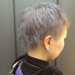 ブリーチ ショート ハイトーン ホワイト ヘアスタイルや髪型の写真・画像