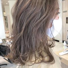 エレガント ミディアム 大人ハイライト ハイライト ヘアスタイルや髪型の写真・画像