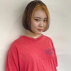 インナーカラー 切りっぱなしボブ ミニボブ ボブ ヘアスタイルや髪型の写真・画像