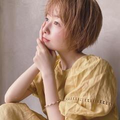 ショート 丸顔 ハイトーンカラー 外国人風カラー ヘアスタイルや髪型の写真・画像