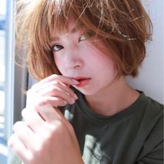 フェミニン エフォートレス 小顔 ショート ヘアスタイルや髪型の写真・画像
