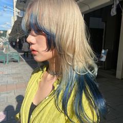 セミロング ホワイトブリーチ ウルフカット ブリーチ ヘアスタイルや髪型の写真・画像