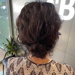 ミディアム ヘアアレンジ ヘアセット フェミニン ヘアスタイルや髪型の写真・画像