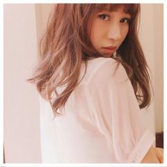 パーマ 色気 セミロング 前髪あり ヘアスタイルや髪型の写真・画像